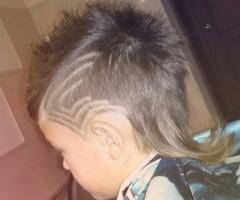 Детская стрижка с элементами Hair tattoo