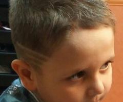 Детская стрижка с элементом Hair tattoo